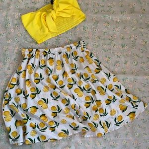 Lemon printed beach skirt 🍋